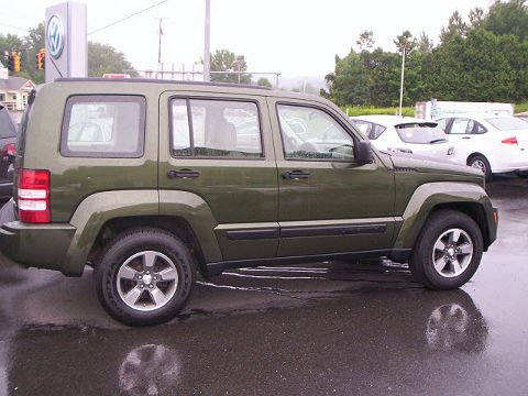 Image of Used 2008 Jeep Liberty Sport