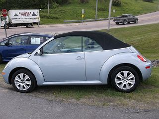 Image of Used 2009 Volkswagen New Beetle S