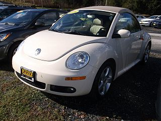 Image of Used 2006 Volkswagen New Beetle