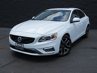 Image of Used 2017 Volvo S60 T5 Dynamic