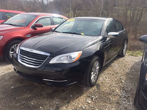 Image of Used 2014 Chrysler 200 LX