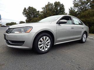 Image of Used 2014 Volkswagen Passat