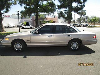 1997 FORD CROWN VICTORIA