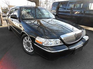 Image of Used 2007 Lincoln Town Car Signature Limited