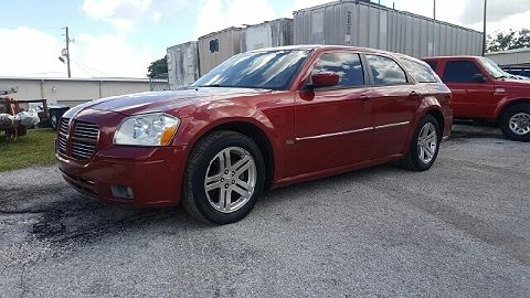 Image of Used 2005 Dodge Magnum SXT