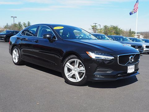 Image of Used 2017 Volvo S90 T5 Momentum