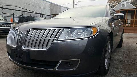 Image of Used 2010 Lincoln MKZ
