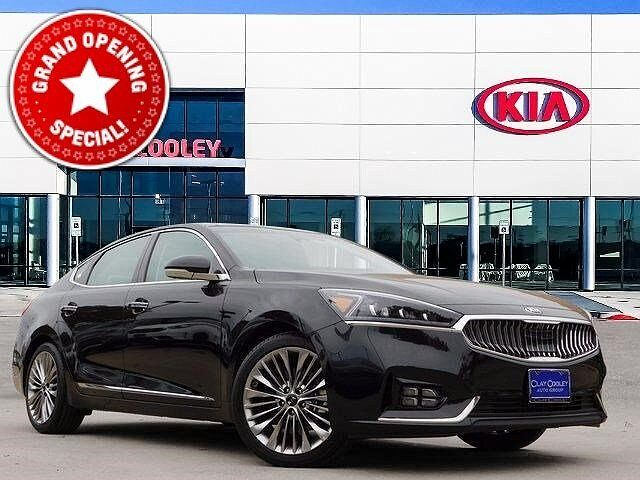 2017 Kia Cadenza Limited