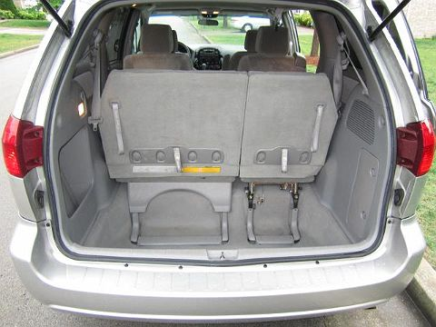 Image of Used 2004 Toyota Sienna
