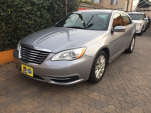 Image of Used 2013 Chrysler 200 LX