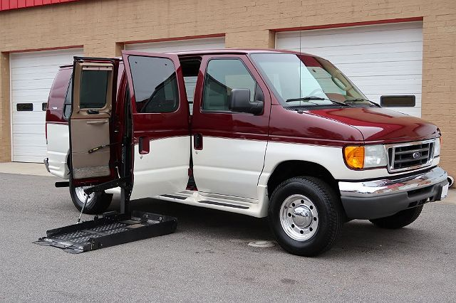 2006 Ford Econoline E-250 Commercial
