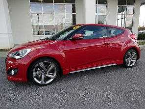 Image of Used 2013 Hyundai Veloster Turbo