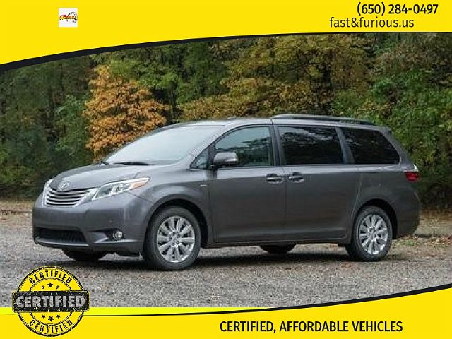 2017 Toyota Sienna LE Mobility