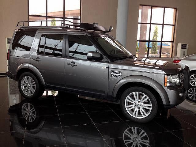 2010 Land Rover LR4 HSE LUX