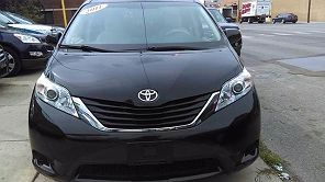Image of Used 2011 Toyota Sienna LE