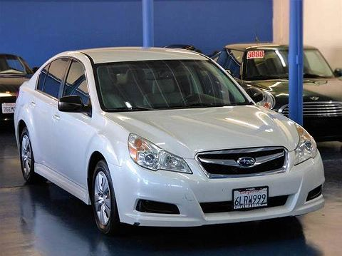 Image of Used 2010 Subaru Legacy 2.5i