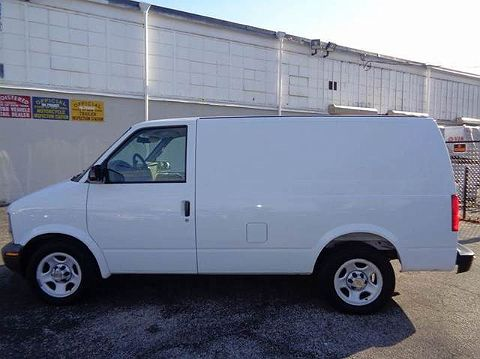 Image of Used 2005 Chevrolet Astro Base