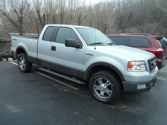 2004 Ford F-150 FX4