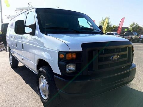 Image of Used 2011 Ford E-series E-250