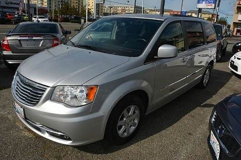 Image of Used 2012 Chrysler Town & Country Touring