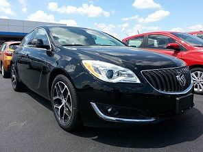 Image of Used 2017 Buick Regal Sport Touring