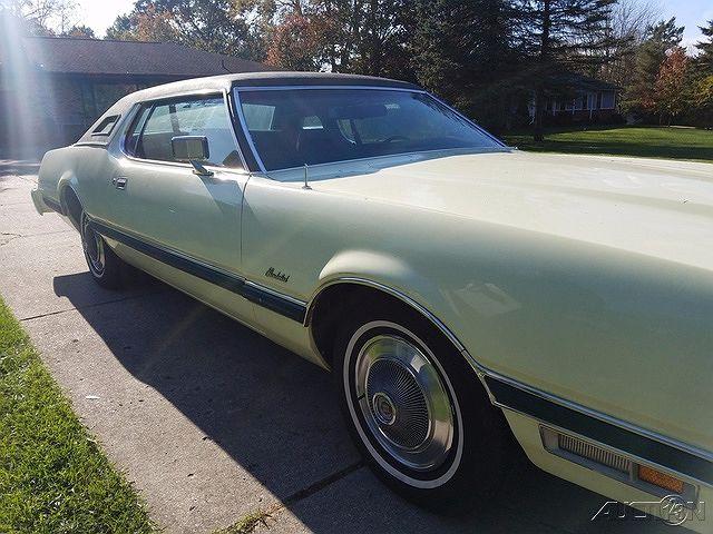 1974 Ford Thunderbird