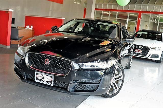 2017 Jaguar XE Premium 35t