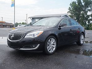 Image of Used 2016 Buick Regal