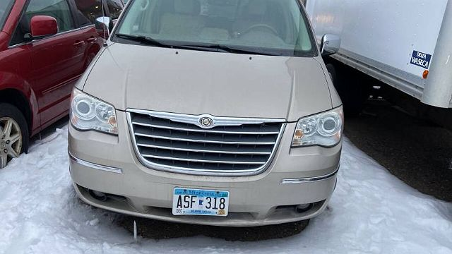 2009 Chrysler Town & Country Limited Edition