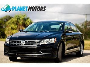 Image of Used 2016 Volkswagen Passat S