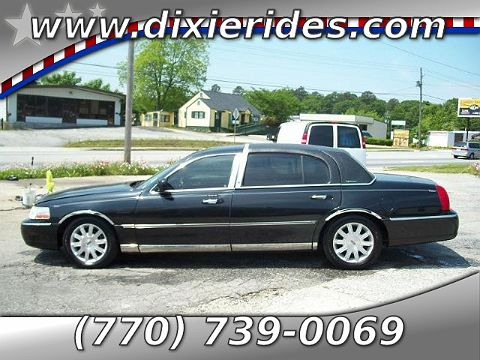 Image of Used 2006 Lincoln Town Car Signature L