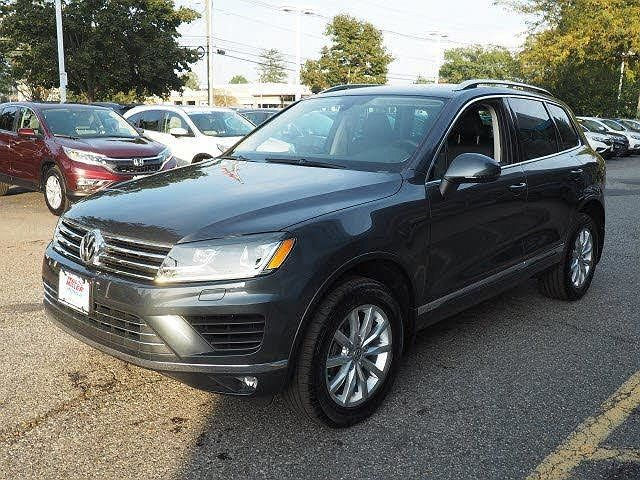 2016 Volkswagen Touareg Luxury