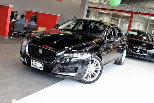 2017 Jaguar XF Prestige 35t