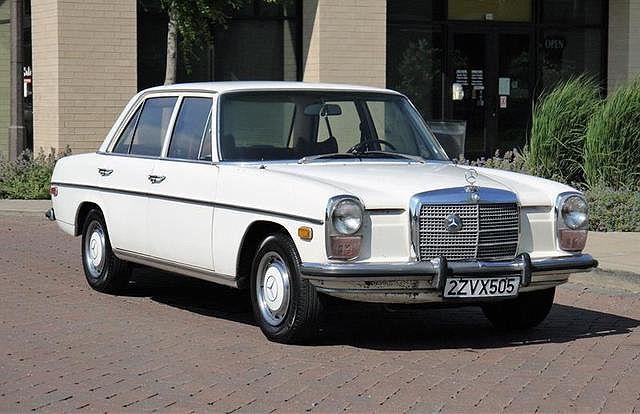 1972 Mercedes-Benz 220