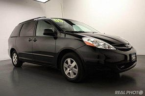 Image of Used 2009 Toyota Sienna XLE