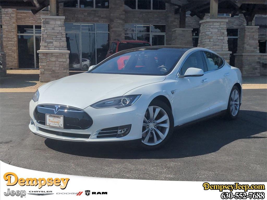 2015 Tesla Model S photo